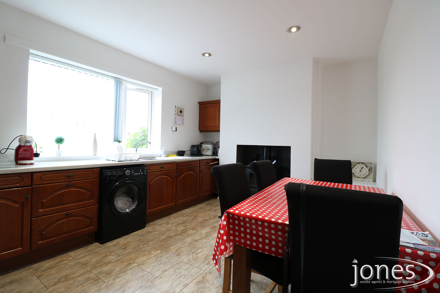 Home for Sale Let - Photo 04 Mill Crescent, Whitwell, Worksop, S80 4SF