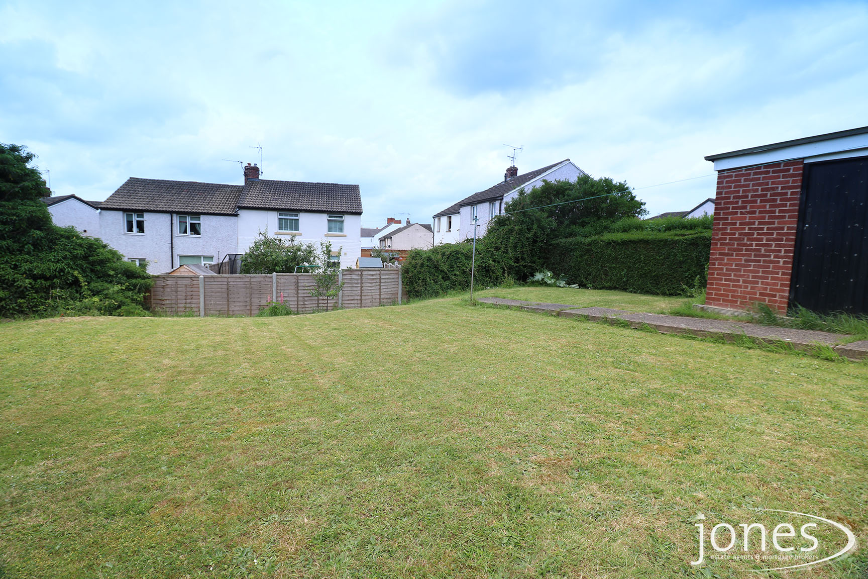 Home for Sale Let - Photo 10 Mill Crescent, Whitwell, Worksop, S80 4SF