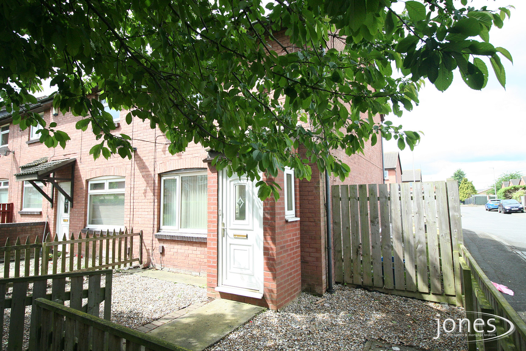 Home for Sale Let - Photo 01 Francis Walk,  Thornaby, TS17 6DL