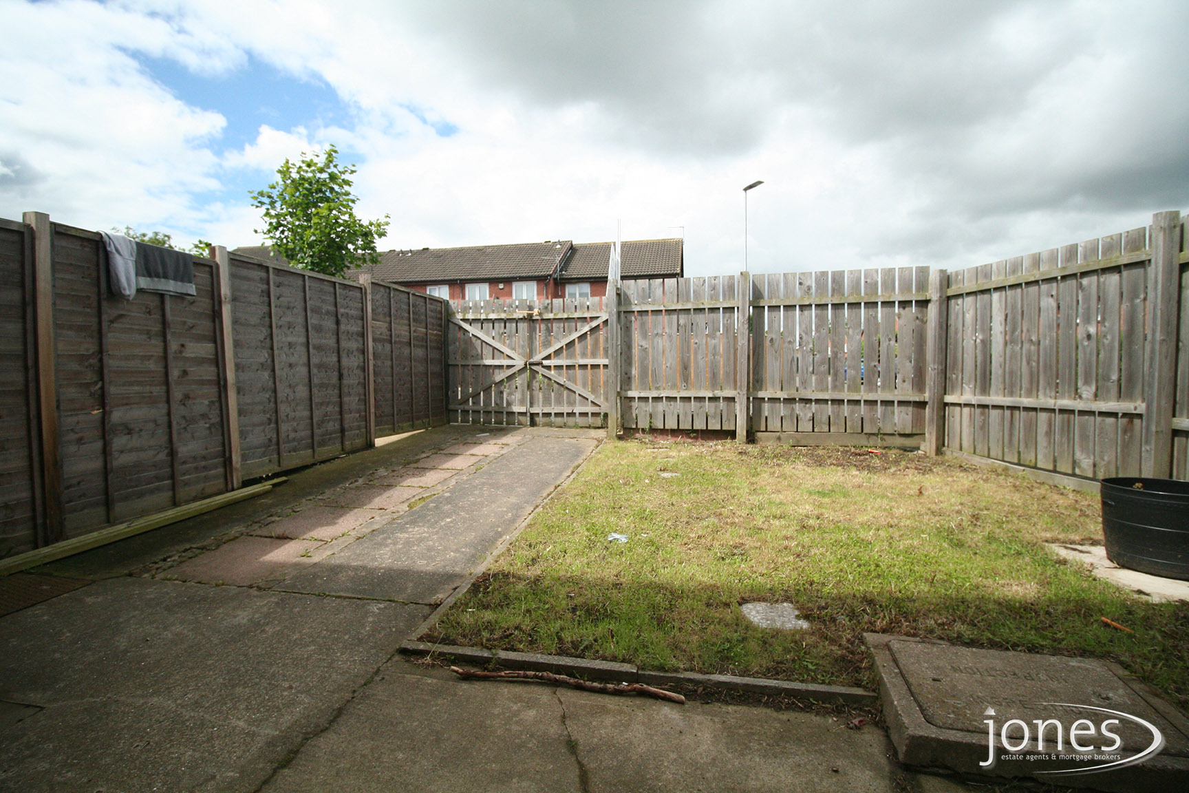 Home for Sale Let - Photo 09 Francis Walk,  Thornaby, TS17 6DL