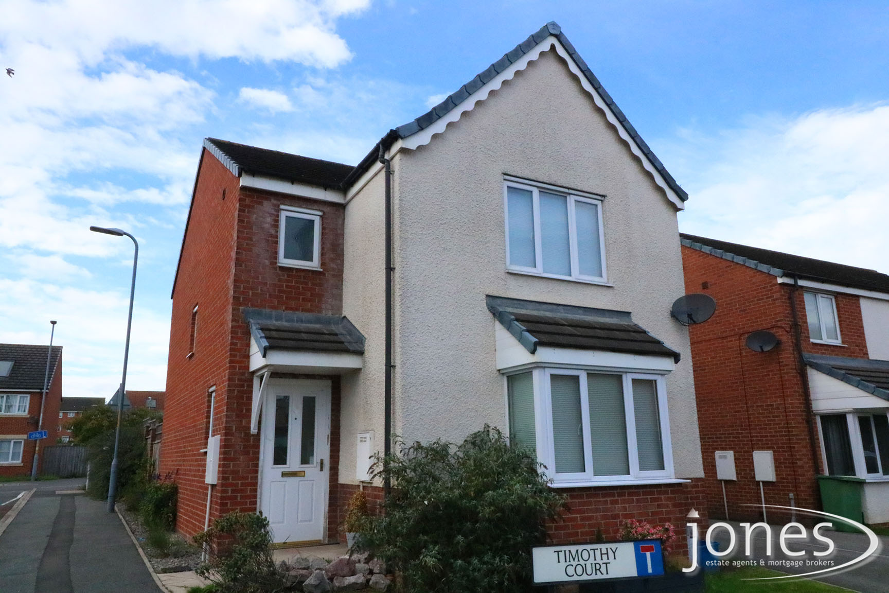 Home for Sale Let - Photo 01 Timothy Court, Stockton on Tees, TS18 3AU