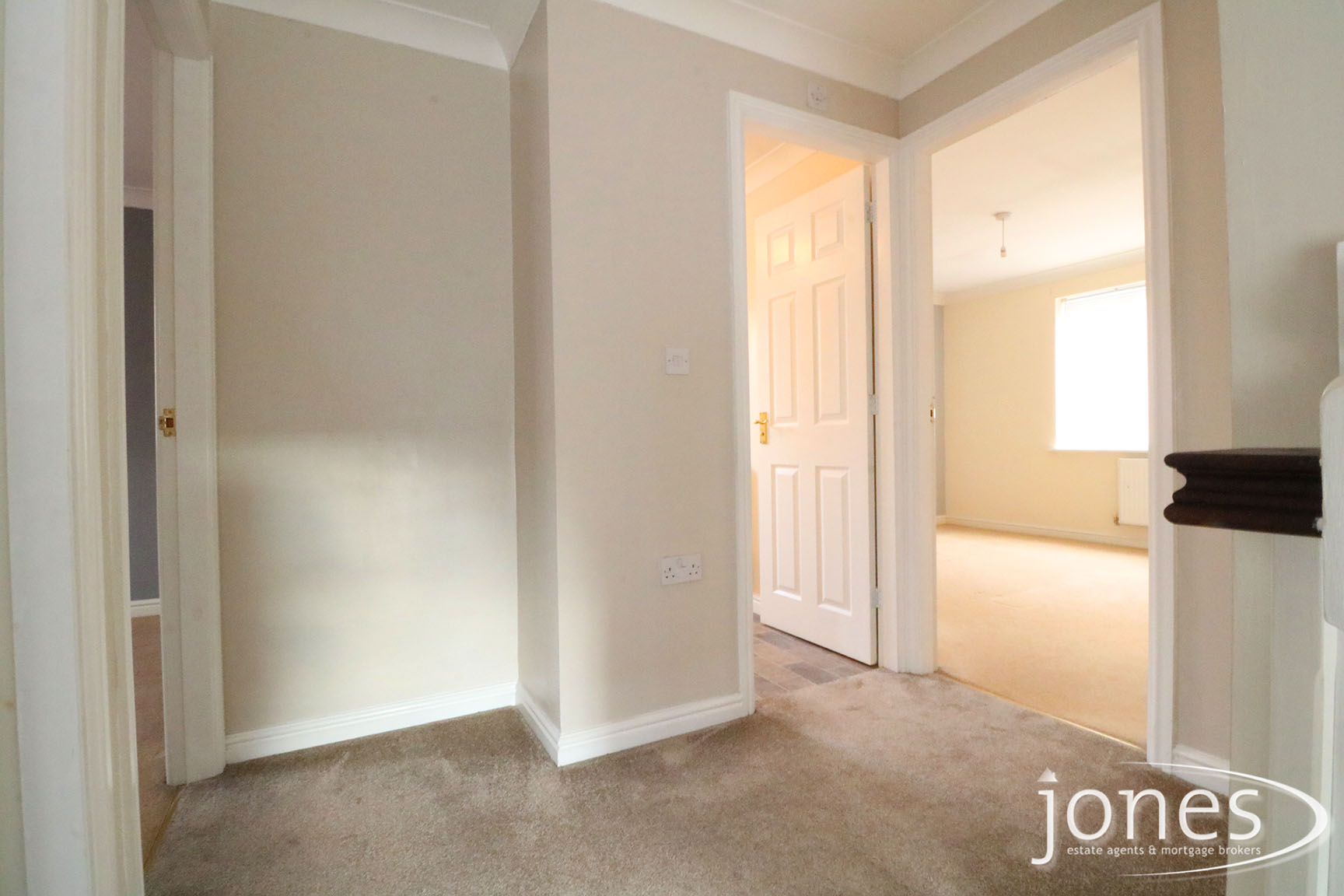 Home for Sale Let - Photo 08 Timothy Court, Stockton on Tees, TS18 3AU
