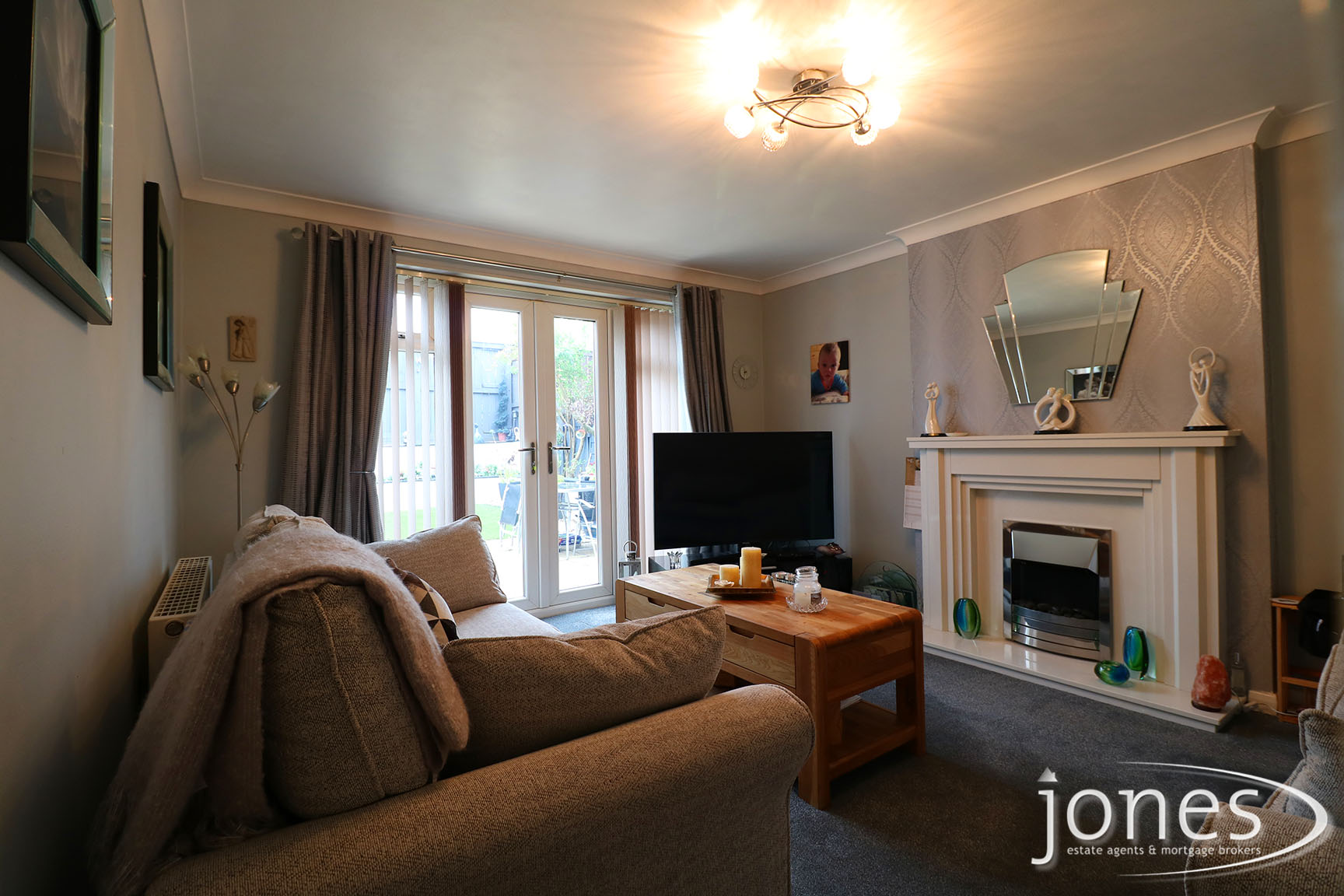 Home for Sale Let - Photo 02 West End Way, Stockton on Tees, TS18 3UA
