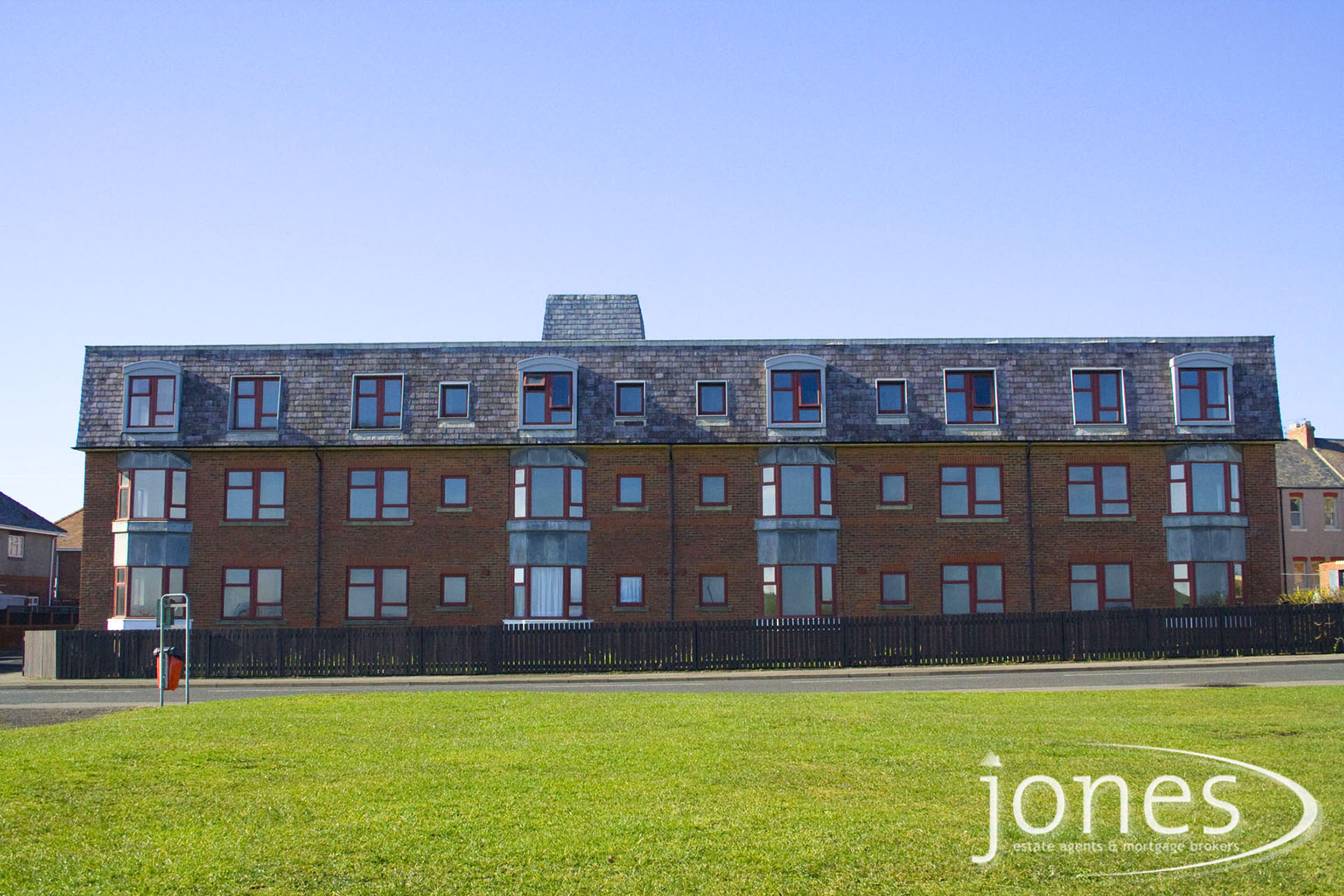 Home for Sale Let - Photo 01 GALLEYSFIELDS COURT, The Headland, Hartlepool, TS24 0NB