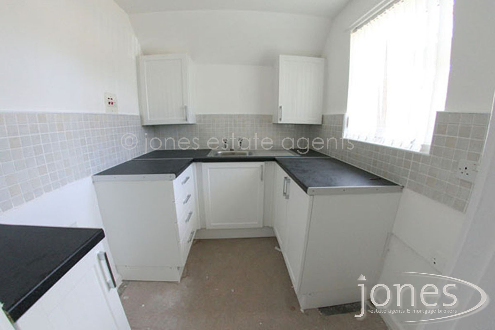 Home for Sale Let - Photo 03 GALLEYSFIELDS COURT, The Headland, Hartlepool, TS24 0NB