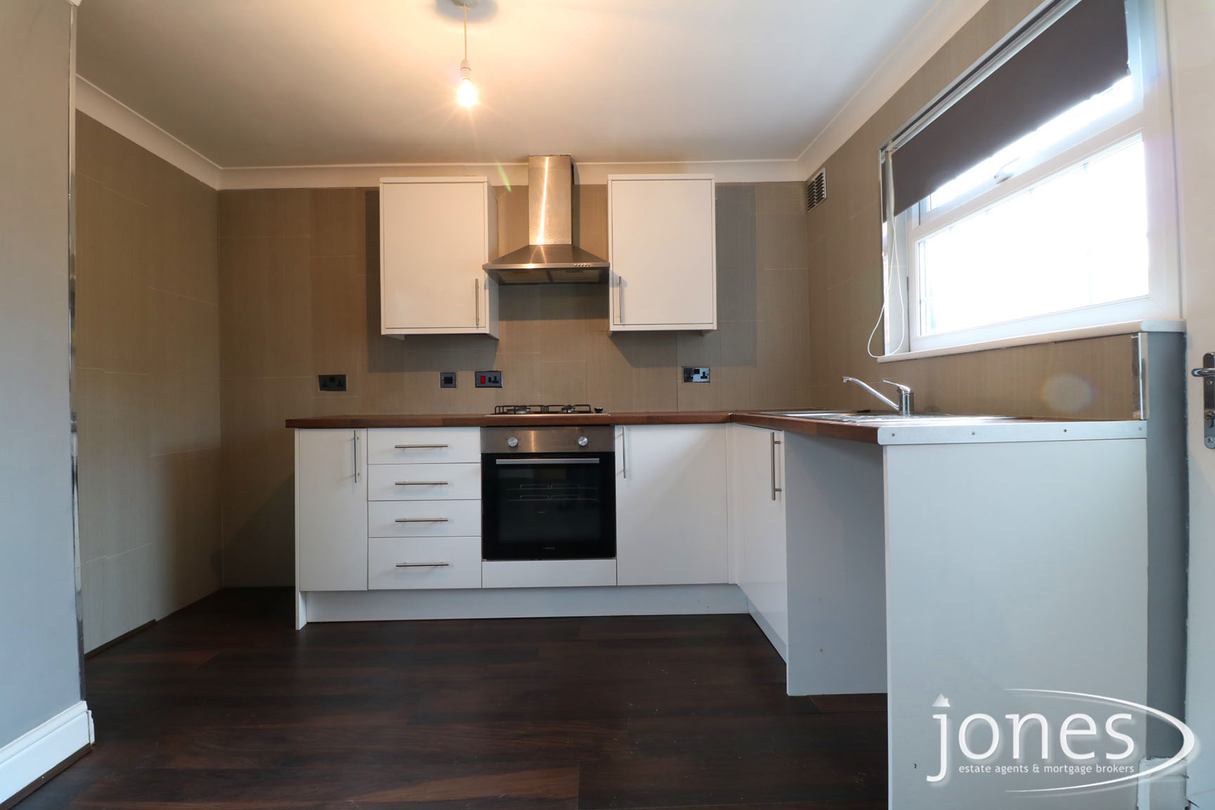 Home for Sale Let - Photo 04 Keats Road, Normanby, Middlesbrough, TS6 0RP
