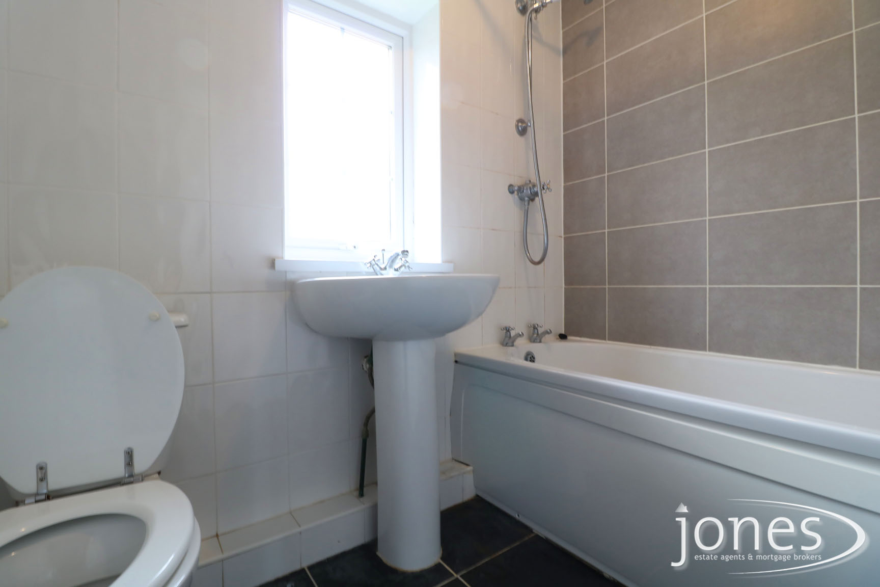 Home for Sale Let - Photo 08 Keats Road, Normanby, Middlesbrough, TS6 0RP
