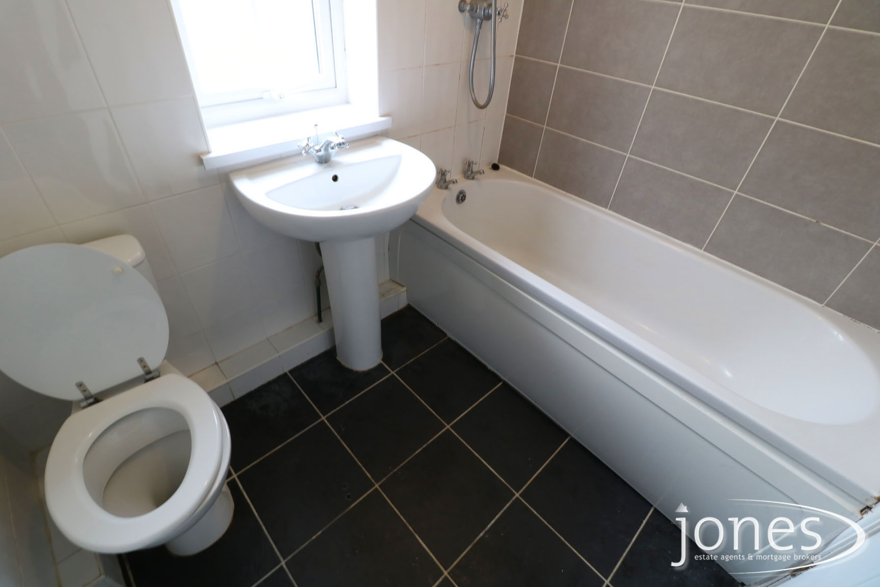 Home for Sale Let - Photo 09 Keats Road, Normanby, Middlesbrough, TS6 0RP