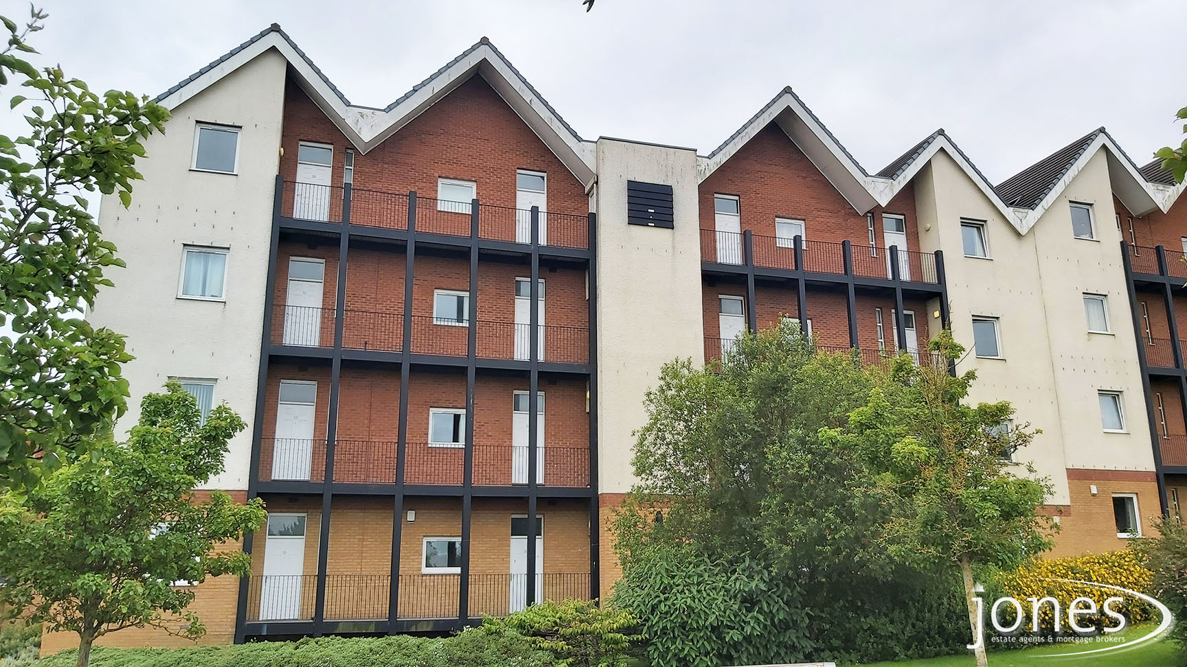 Home for Sale Let - Photo 01 Willow Sage Court, Stockton on Tees, TS18 3UQ