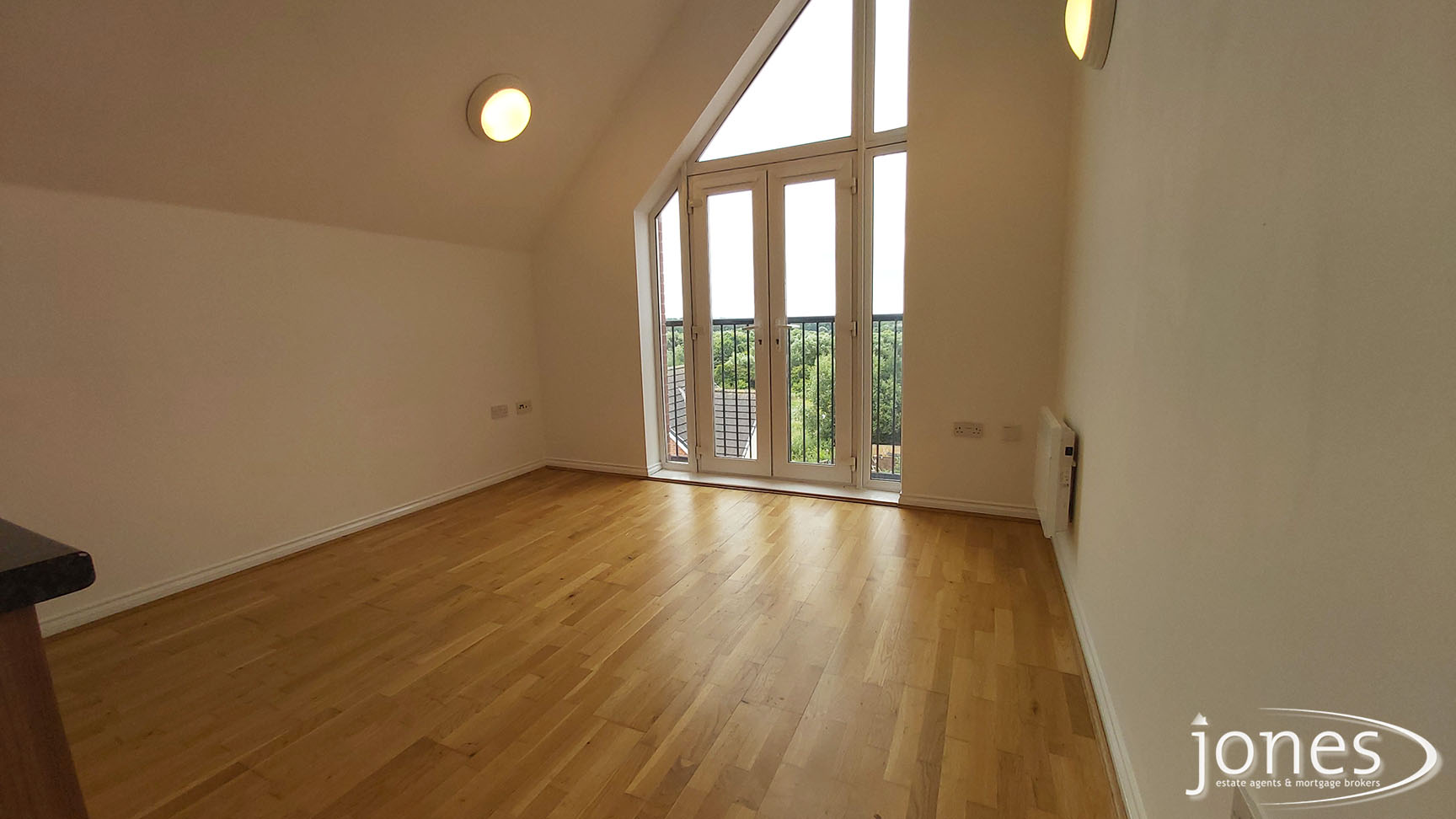 Home for Sale Let - Photo 02 Willow Sage Court, Stockton on Tees, TS18 3UQ