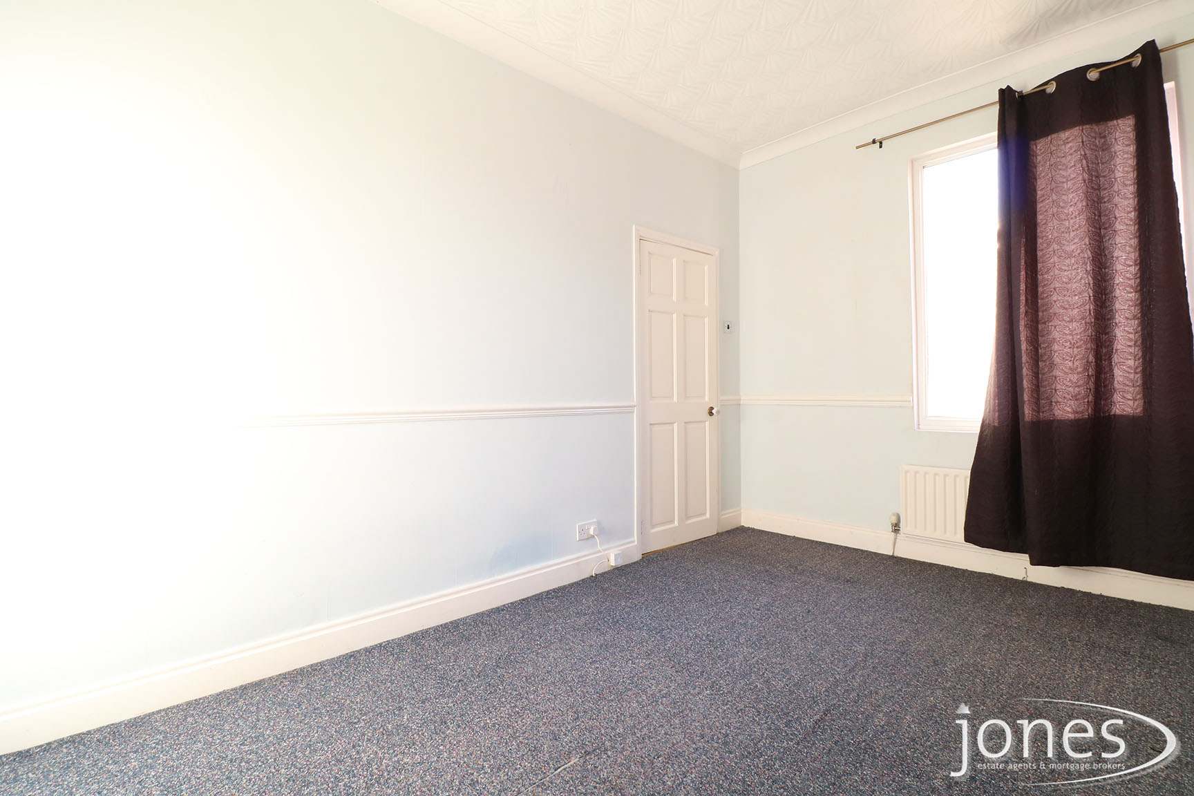 Home for Sale Let - Photo 06 Lambton Road,  Stockton on Tees, TS19 0ER