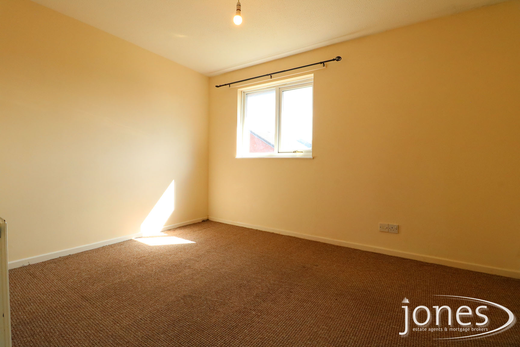 Home for Sale Let - Photo 04 Stanley Close,Thornaby, Stockton on Tees, TS17 6PP