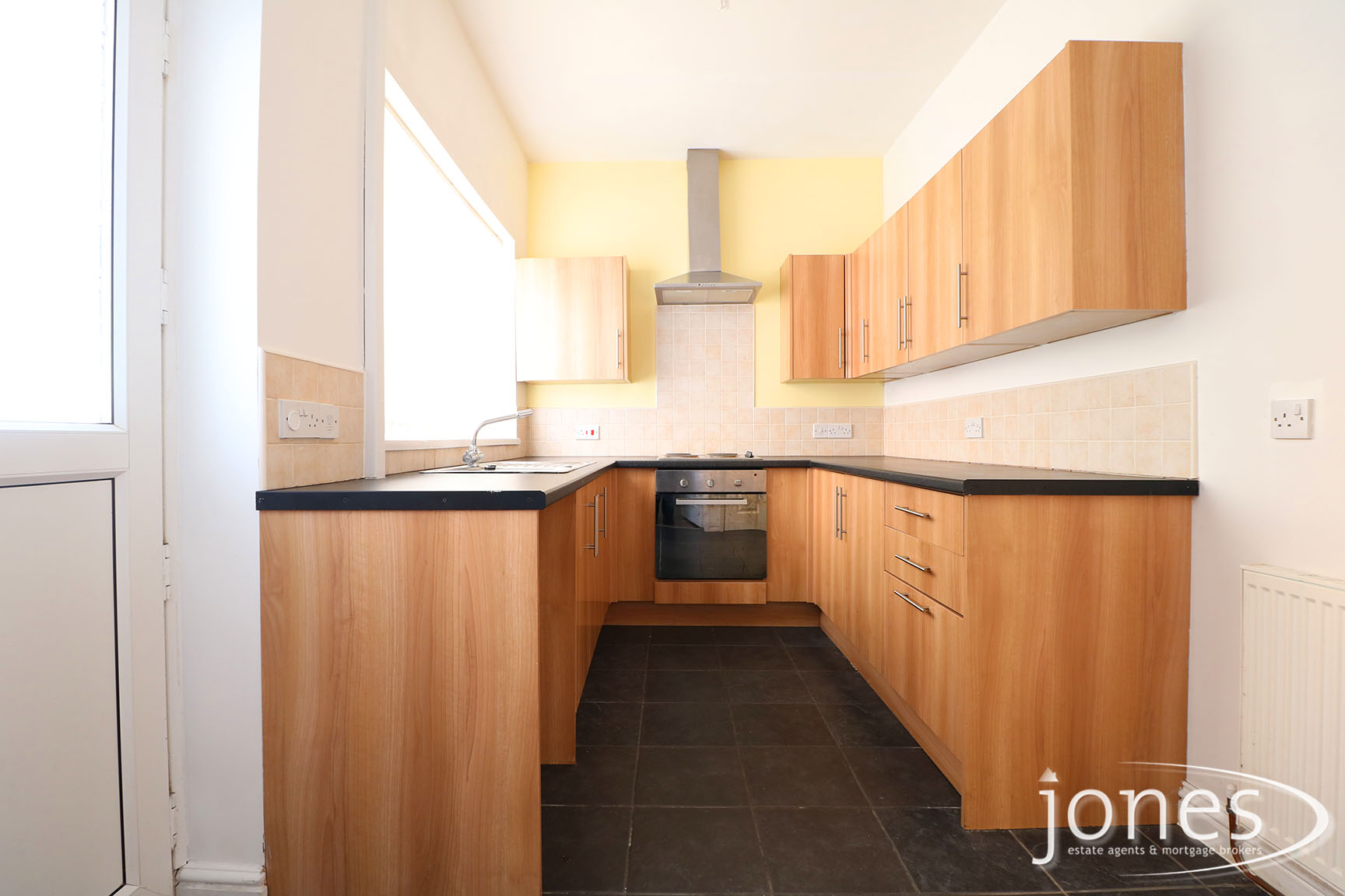 Home for Sale Let - Photo 04 Castlereagh Road,  Stockton on Tees, TS19 0DL