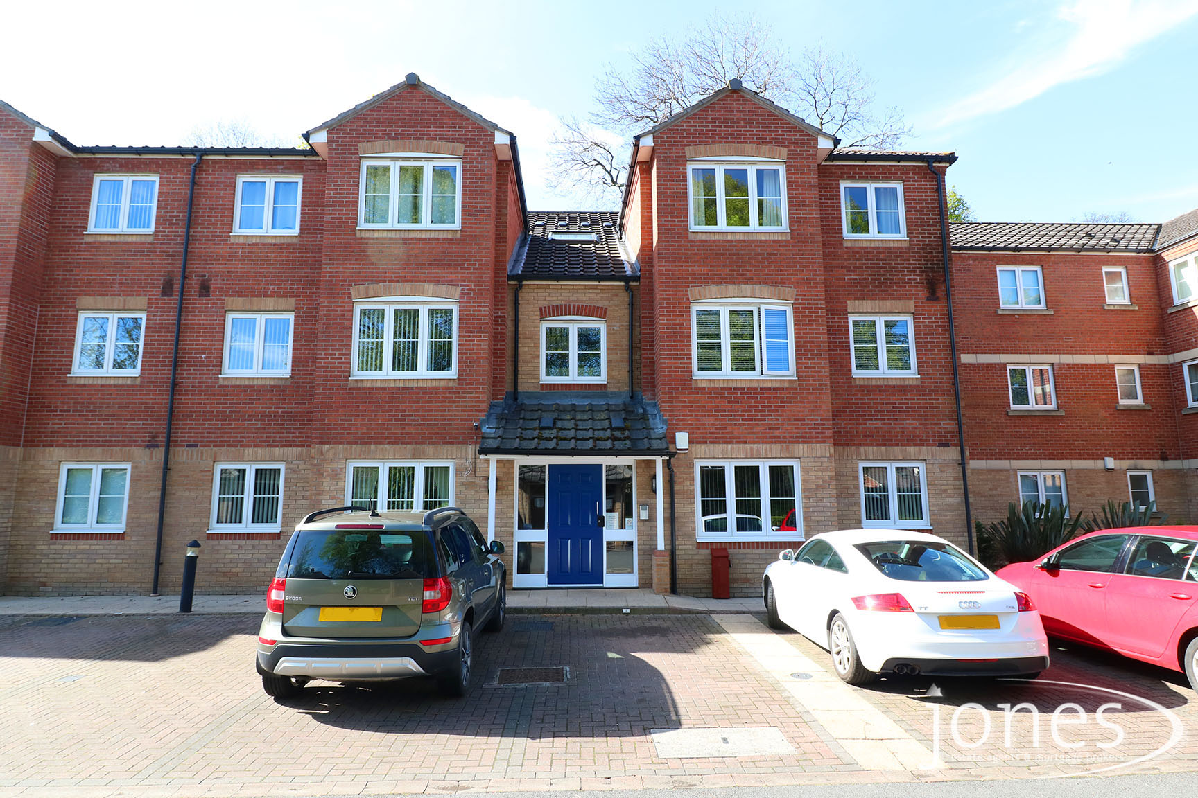 Home for Sale Let - Photo 01 Earls Court, Norton, Stockton on Tees TS20 2NP