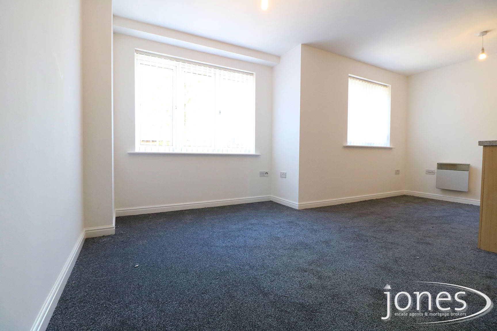 Home for Sale Let - Photo 02 Earls Court, Norton, Stockton on Tees TS20 2NP