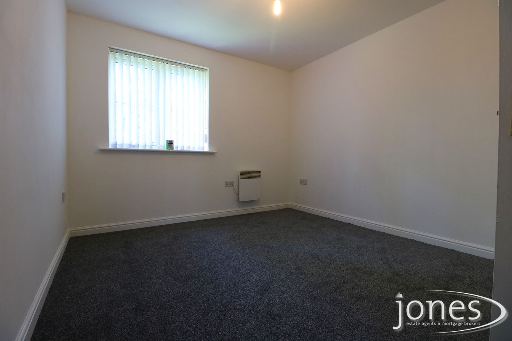 Home for Sale Let - Photo 04 Earls Court, Norton, Stockton on Tees TS20 2NP