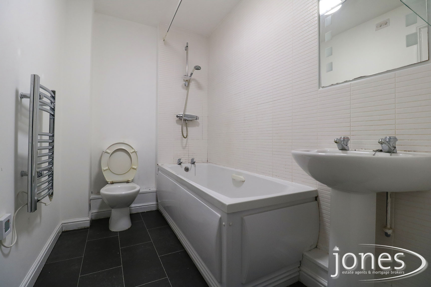 Home for Sale Let - Photo 06 Earls Court, Norton, Stockton on Tees TS20 2NP